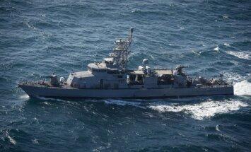ASV kuģis ar šāvieniem brīdina Irānas uzbrukuma laivu