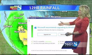 """ВИДЕО: Окошко с требованием перейти на Windows 10 """"всплыло"""" в прямом эфире прогноза погоды"""