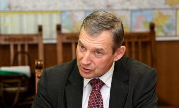 Глава Академии наук: Сотни ученых в Латвии не получают даже минимальной зарплаты