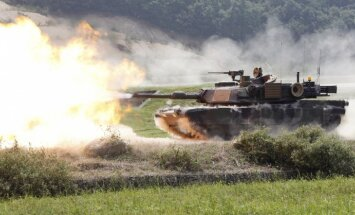 Amerikāņu tanki atgriežas Eiropā