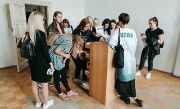 Skolēnu brīvlaikā aicina apmeklēt Rīgas starptautiskās laikmetīgās mākslas biennāles izstādes