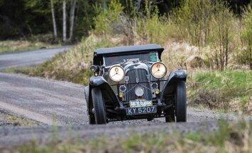 'Baltic Classic Rally' uz Rīgu atvedīs 74 unikālus retro spēkratus