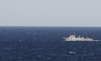 Jūras robežas tuvumā novēro Krievijas bruņoto spēku kuģi