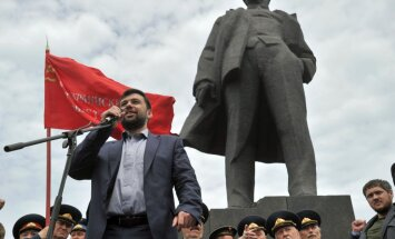 Ukrainas konflikts: Doņeckas separātisti lūdz Putinu uzņemt reģionu Krievijas sastāvā