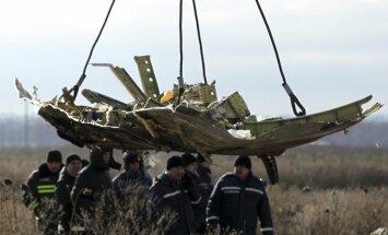 Malaizijas lidmašīna Ukrainā notriekta ar raķeti 'Buk', liecina dati