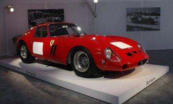 1962. gada 'Ferrari' izsolē pārdots par rekordlielu summu
