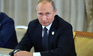 Ir ārprātīgi uztvert Krieviju kā draudu Baltijas valstīm, paziņo Putins