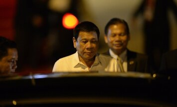 Filipīnu prezidents rupji nolamā Obamu; Baltais nams atceļ tikšanos