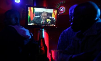 Вопреки ожиданиям многолетний глава Зимбабве не объявил об отставке