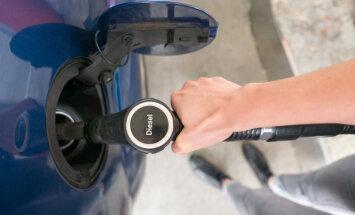 Rosina pārdalīt 6887 eiro, lai VVD uzticētu no degvielas piegādātājiem saņemto datu apkopošanu