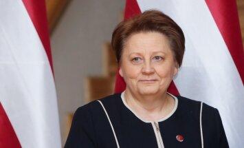 Varbūtējās ES sankcijas pret Krieviju Latvijai izmaksās vairākus simtus miljonu, domā Straujuma