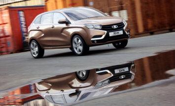 'AvtoVAZ' atklājis topošā 'Lada XRay' modeļa cenu