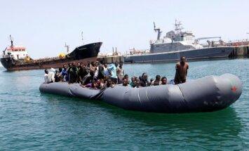 Eiropā šogad pa jūras ceļiem ieradušies jau 49 000 imigrantu