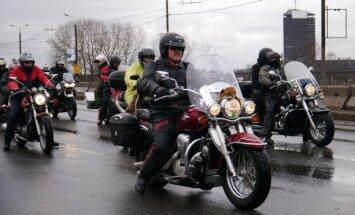Apdrošinātājs: retāk ceļu satiksmes negadījumos iekļūst moto klubu biedri
