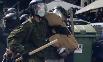Pēc nekārtībām Odesā aizturētās 42 personas pārvestas uz Ukrainas vidieni