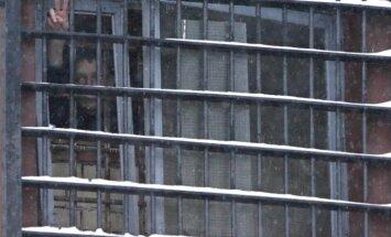 Valsts nodevībā apsūdzētam zinātniekam Krievijā piespriež septiņus gadus cietumā