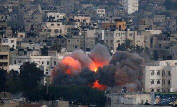 Divas no Gazas joslas izšautas raķetes trāpa netālu no Izraēlas kodolreaktora