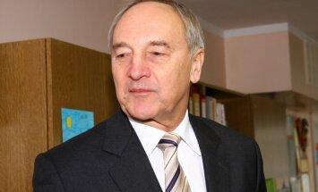 Prezidents uz Maskavu varētu doties pirms vai pēc 9.maija