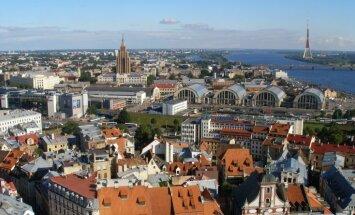 Laikraksts: EK slēdziens par Latvijas uzņemšanu eirozonā būs pozitīvs, brīdinās par nerezidentu noguldījumiem