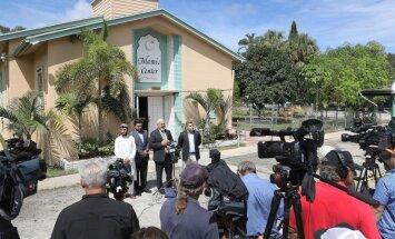 Foto: Floridā aizdedzina Orlando šāvēja apmeklēto mošeju