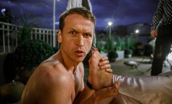 Latvijā slepus tapusi pikanta komēdija 'Svingeri'