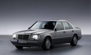 Foto: Vācietis ar 1992. gada 'Mercedes' E-klasi nobraucis miljonu kilometru