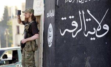 Cīņa pret 'Daesh' turpināsies gadiem, brīdina Makrons