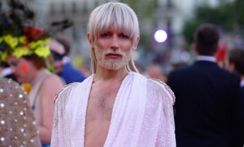 ФОТО: Кончита Вурст радикально сменила стиль и стала блондинкой