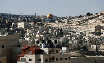 Arābu līga brīdina Izraēlu par 'spēlēšanos ar uguni' Jeruzalemes konfliktā