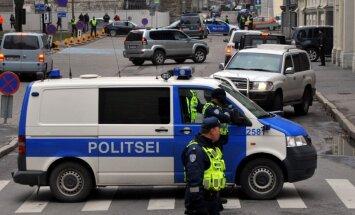 ФОТО, ВИДЕО: В аэропорту Таллина усилены меры безопасности из-за угрозы ИГИЛ