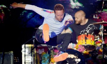 Foto: Popmūzikas elite pulcē tūkstošus Mančestras piemiņas koncertā 'One Love'