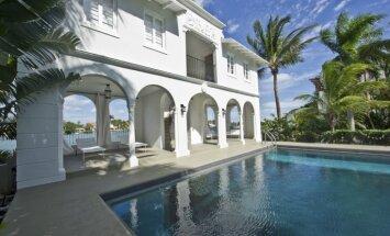 Foto: Pārdošanā par 8,5 miljoniem izlikta Ala Kapones villa