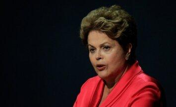 Spiegošanas skandāla dēļ Brazīlijas prezidente atliek vizīti ASV