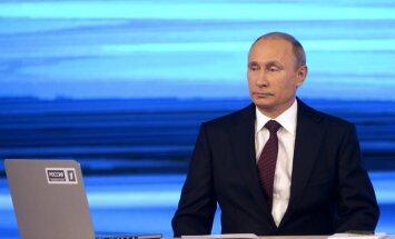 Путин обвинил Порошенко в развязывании войны на востоке Украины