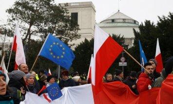 EK pastiprina spiedienu uz Poliju