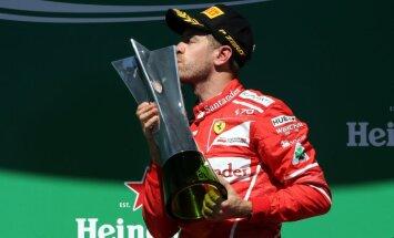 Fetels Brazīlijā uzvar F-1 sezonas priekšpēdējā posmā