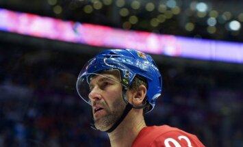 Nedveds atjaunos hokejista karjeru dēļ spēles ar Jāgru