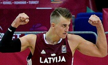 Latvijas basketbolistiem divkāršs zaudējums pārbaudes spēlēs — vīriem Somijā, dāmām Francijā