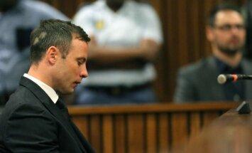Pistoriusam piespriež piecu gadu cietumsodu
