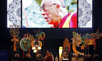 Grāmata par prieku Dalailamas un arhibīskapa Desmonda Tutu izpratnē