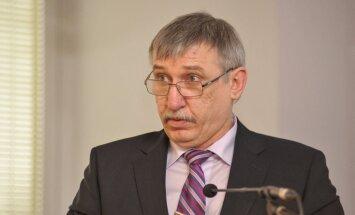 """Калнмейерс не исключает исков против государства в связи с """"делом олигархов"""""""
