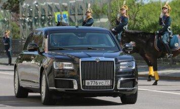 Video: Pirmoreiz demonstrē jauno Krievijas līdera limuzīnu