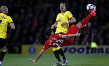 Liverpool german midfielder Emre Can scores Watford