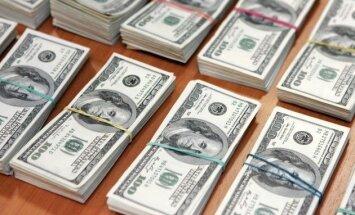 BBS apskats: vilšanās par izaugsmi ASV gremdē dolāra kursu
