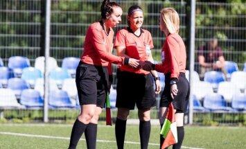 Latvijas futbola tiesnese Raudziņa pakāpusies uz UEFA otro kategoriju