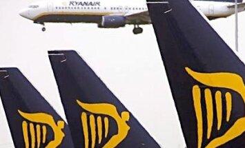 Spānija sāk izmeklēšanu pret 'Ryanair' pēc ārkārtas nolaišanās gadījumiem degvielas trūkuma dēļ