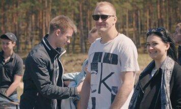 LTAB kopā ar Latvijas hokejistiem un bāreņiem atklāj kampaņu 'Es i' drošs ar OCTA!'