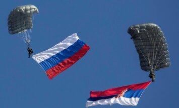 Serbijā slēgta serbu un krievu radikāļu jaunatnes nometne