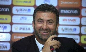 Kādreiz slavenais futbolists Panuči kļuvis par Albānijas izlases galveno treneri