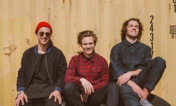 'Carnival Youth' koncertu Siguldā iesildīs 'The Bad Tones'
